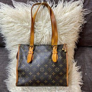 Authentic LOUIS VUITTON Small Zipper Shoulder Bag